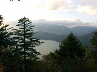 茶ノ木平からの中禅寺湖3